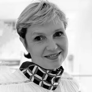 Dr Margit Holzer